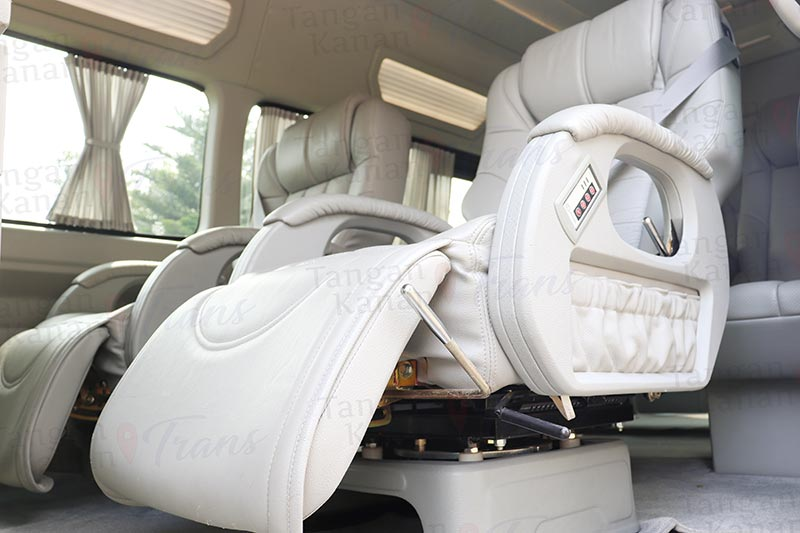 takatrans Sewa hiace Grand luxury - Kursi Pijat Page home 03