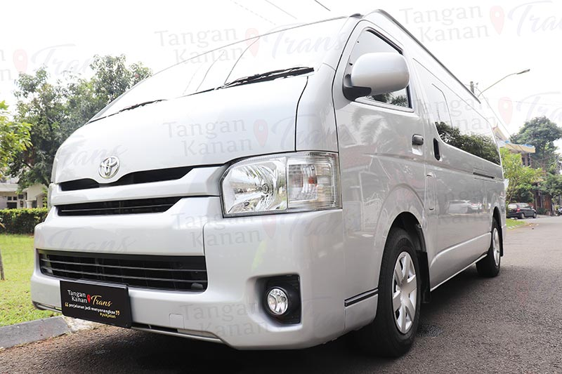 takatrans Sewa hiace Grand luxury - Page home 02